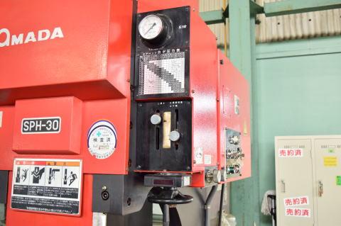 万能油圧ベンダー アマダ SPH-30C中古