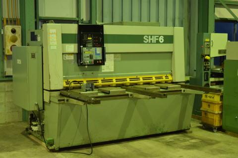 油圧シャーリング コマツ SHF6×205 中古