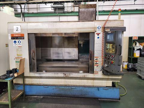 マシニングセンター ヤマザキマザック VTC-200B 中古